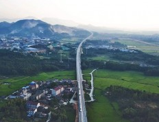 昌赣高铁开通运营  南昌至赣州最快运行时间缩短至1小时45分