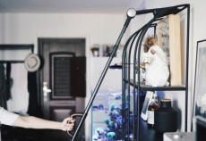 卫生打扫要干净更要省力 莱克立式无线吸尘器轻便省力吸尘更彻底