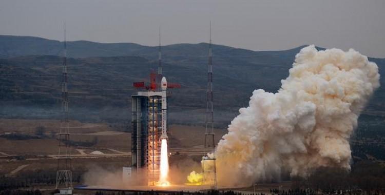 长征四号丙运载火箭成功发射高分十二号卫星