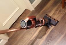 随手吸尘更轻便莱克立式无线吸尘器提升你的清洁段位