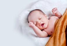 吉米上手把吸尘器深层清洁杜绝细菌滋生 为孕妈打造健康舒适环境